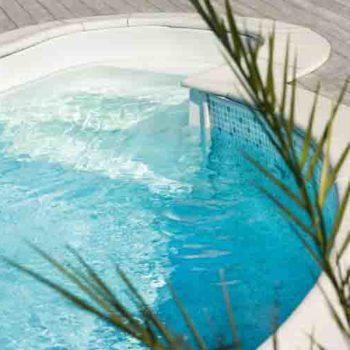 Åttaformad pool